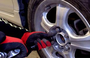 タイヤ・オイル交換のイメージ